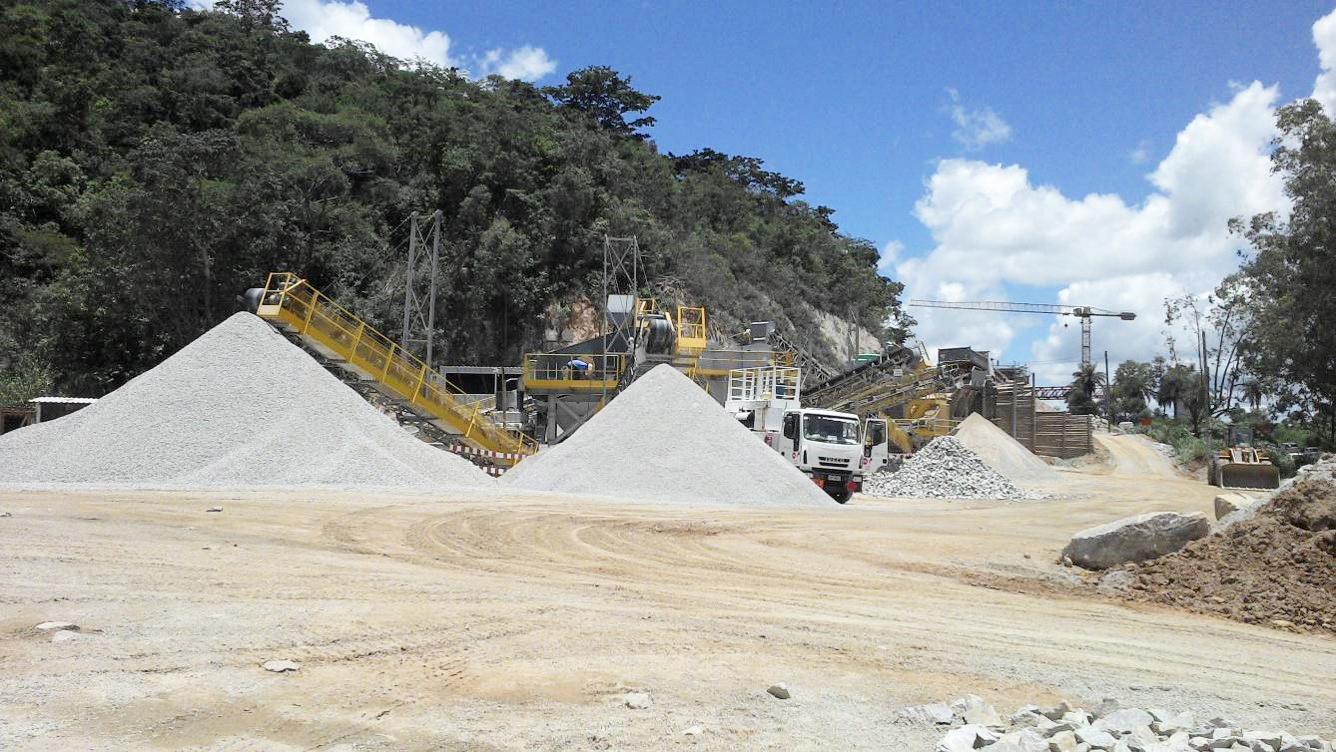 Minas Gerais, Brasil – BR381-Lote7-sistema de britagem